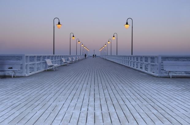 Droga...w Nowy Rok :))) Oby światło sprzyjało i życzenia się spełniały :)))