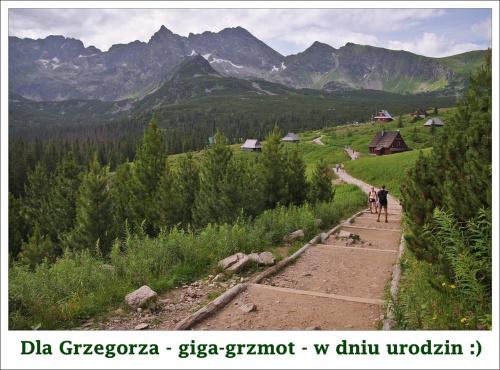 Wszystkiego najlepszego! Do życzeń dorzucam tatrzański szlak :)