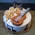 Tort z gitarą #gitara #tort z #gitarą #tort #okolicznościowy #urodzinowy #tort #tort na #osiemnastkę