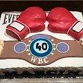 Tort z związany z boksem #boks #tort #dla #boksera #tort #okazjonalny #tort na #specjalne #okazje #tort #mrękawice #bokserskie